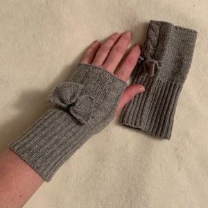 Half gloves! Cute!!